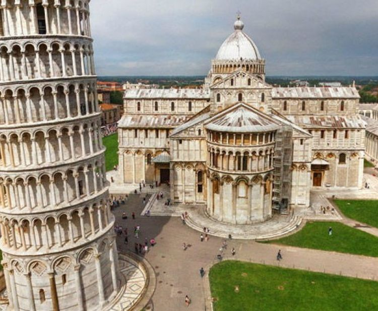 Pisa Cathedral guided tour and wine tasting  + Leaning Tower ticket Option